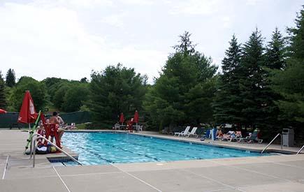 Split Rock Resort - Galleria Outdoor Pool