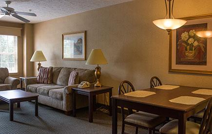 Split Rock Resort Willowbrook Suite